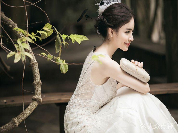 【韩欧式主题婚纱套系-结婚套餐】-新东方婚纱摄影