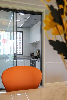 140平米三室兩廳現代簡約風格廚房裝修效果圖
