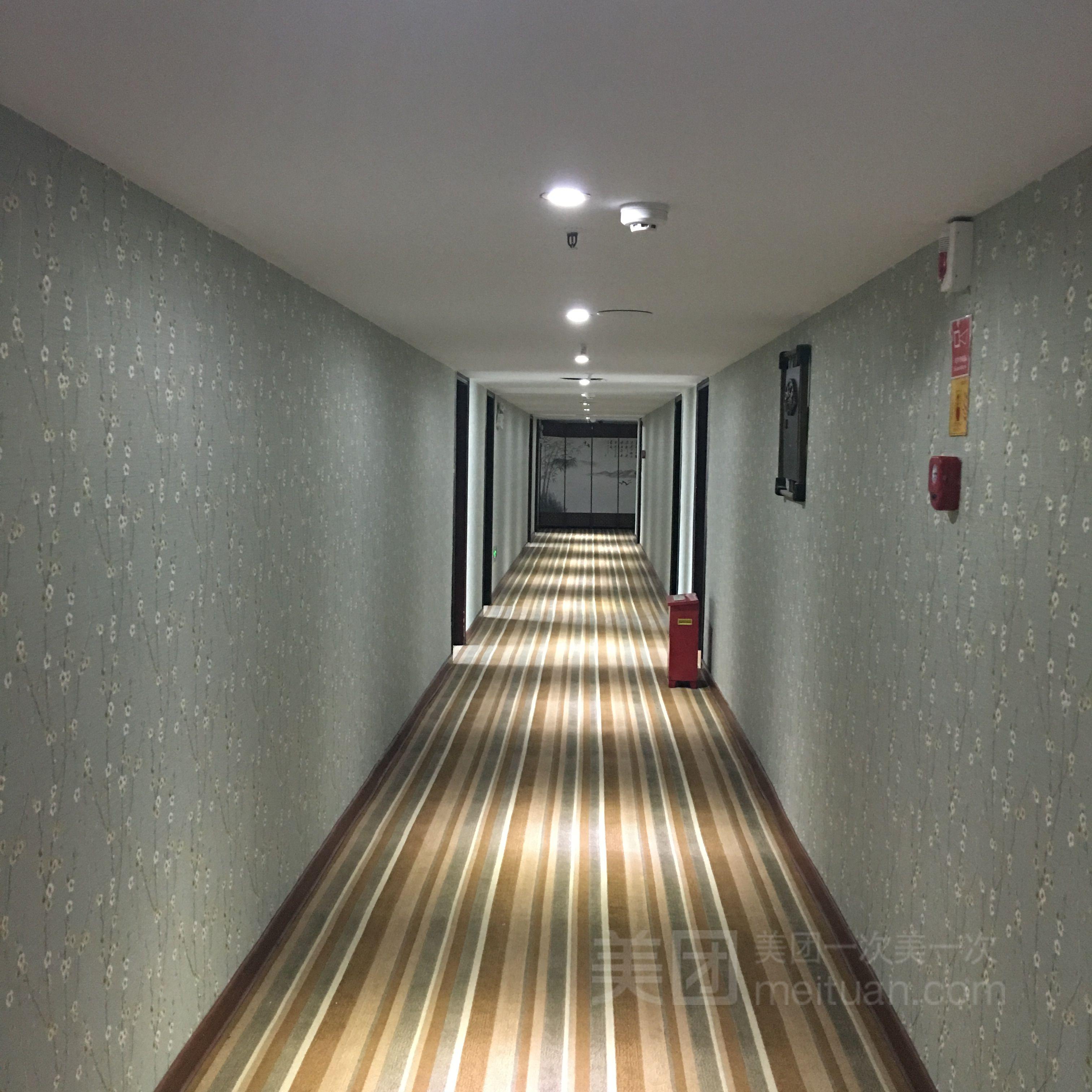 三龙商务酒店(泉安北路店)预订/团购