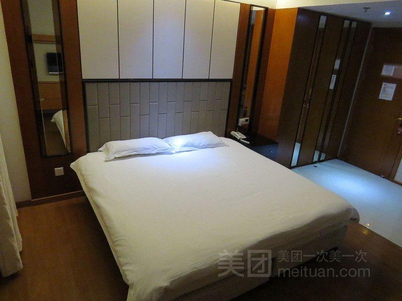 怡莱酒店(上海虹梅南路店)预订/团购