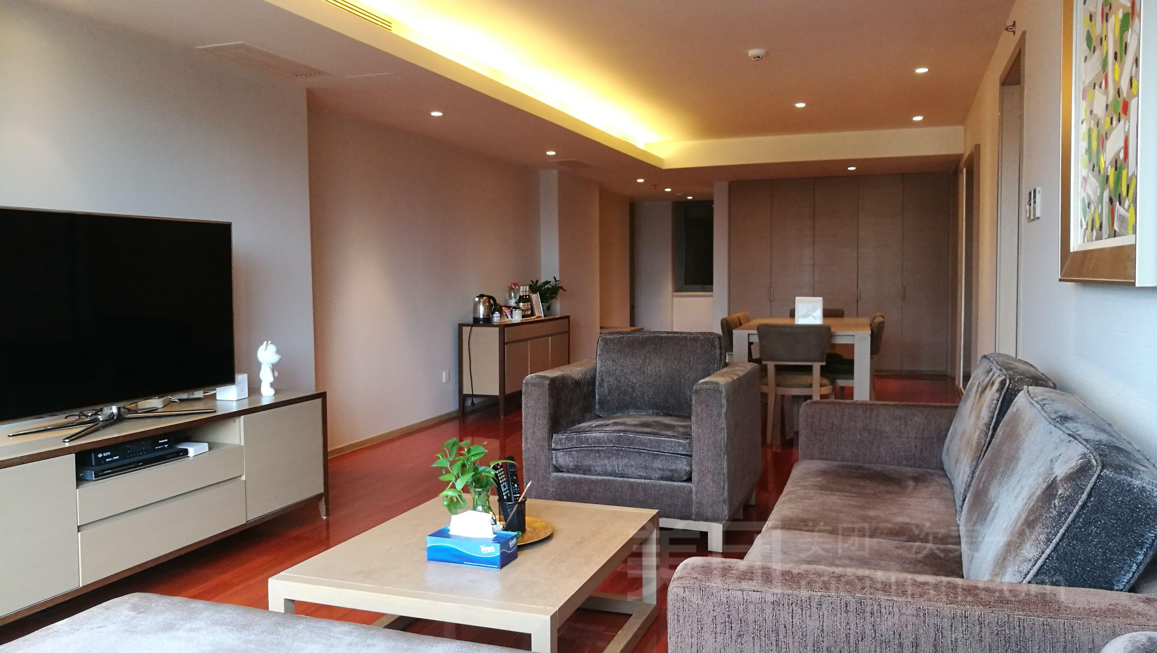 CBD建国门豪装公寓两居预订/团购