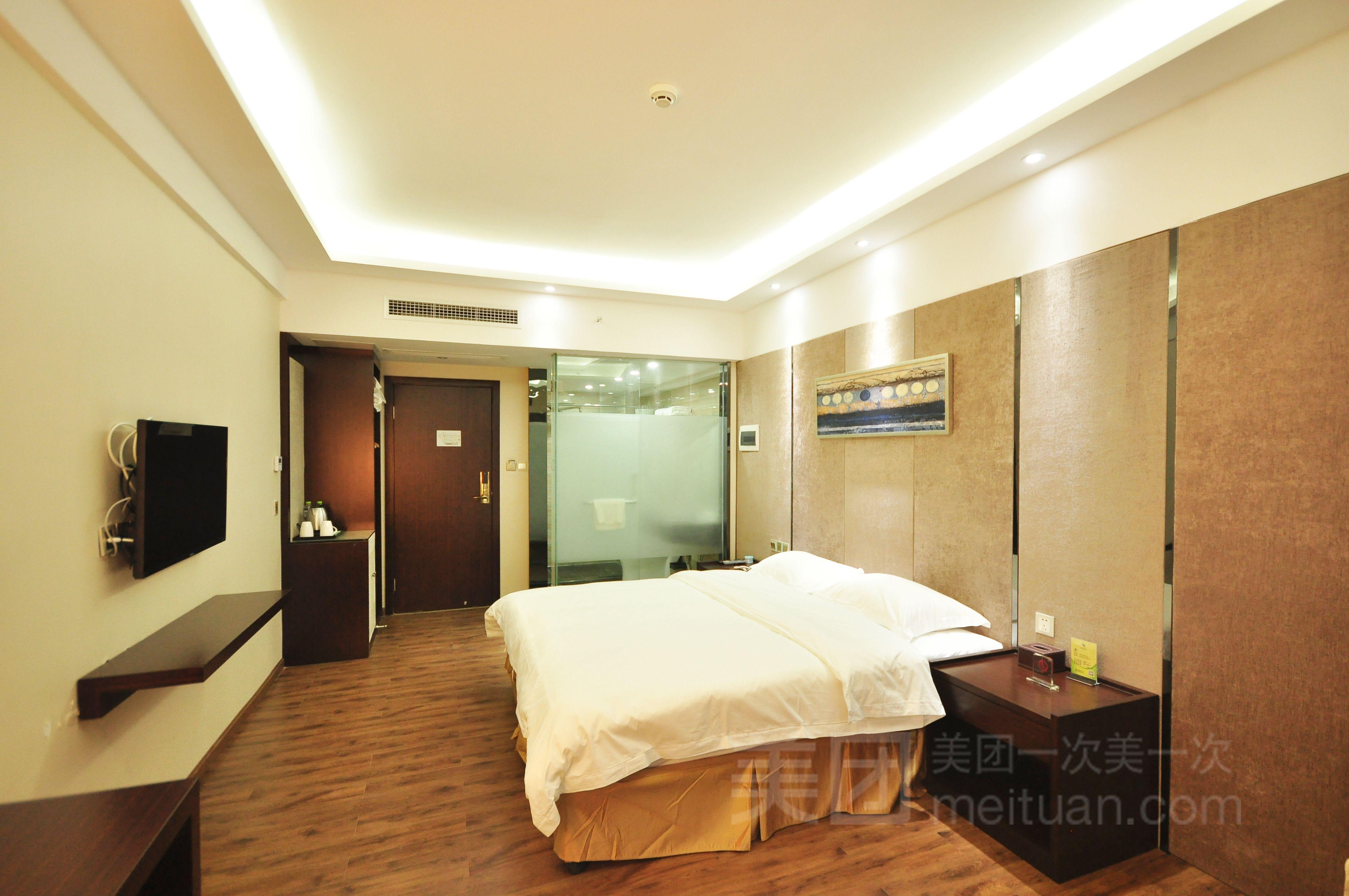 【北京橄榄树酒店团购】橄榄树酒店高级大床房入住1