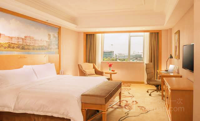 维也纳酒店(上海奉贤南桥金海公路店)预订/团购