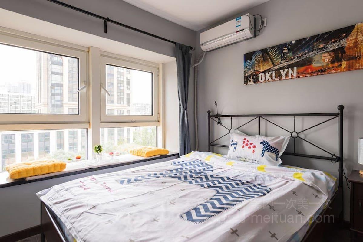 万达广场北欧工业风极简复式Loft两居预订/团购