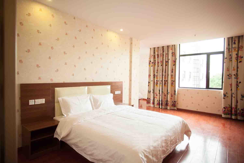速8酒店(上海迪士尼南门店)预订/团购