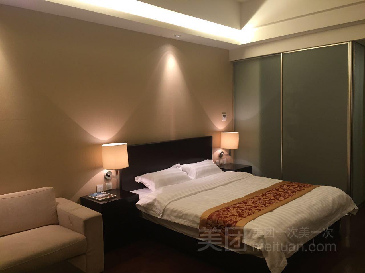 青年服务式公寓(高米店南地铁站店)预订/团购