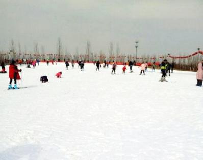 坊度假园区 (桃花峪滑雪场/郑州豫龙滑雪场/黄河风景名胜区可选), 可