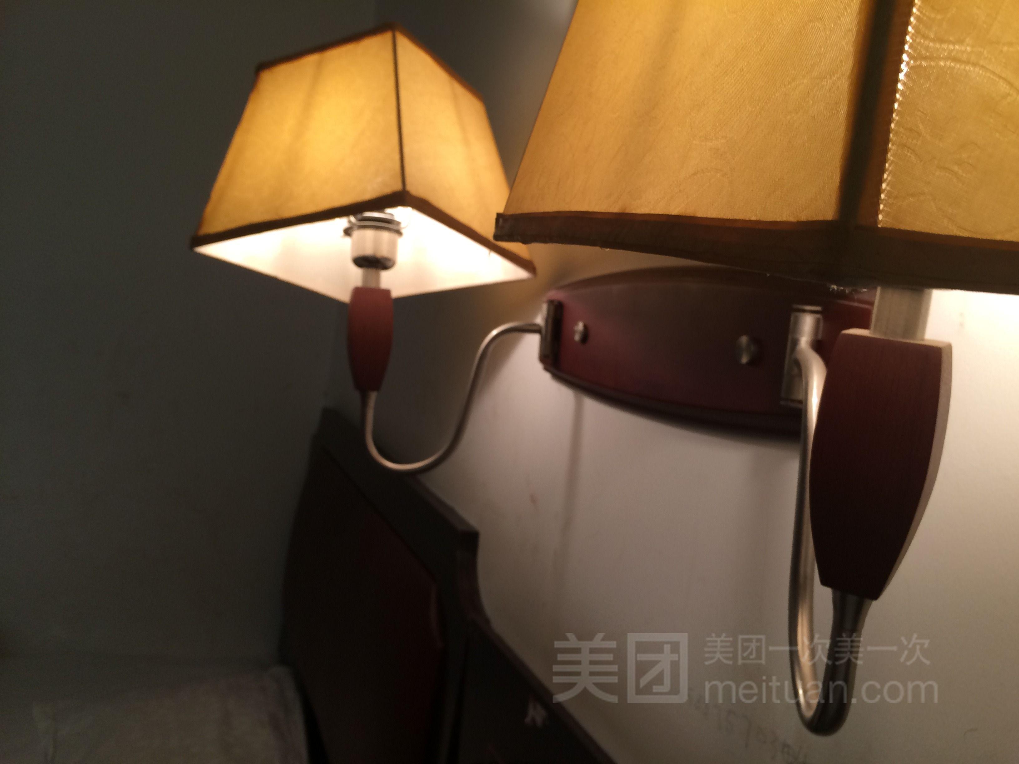 济南宏腾雕塑高延涛