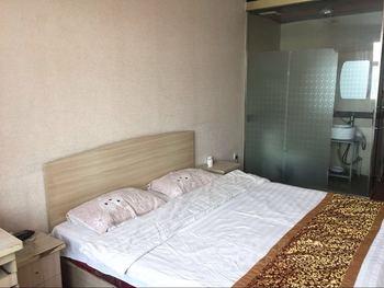 【酒店】亚龙湾洗浴宾馆-美团