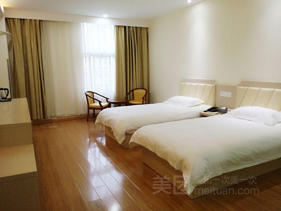 速8酒店(上海洞泾欢乐谷洞业路店)预订/团购