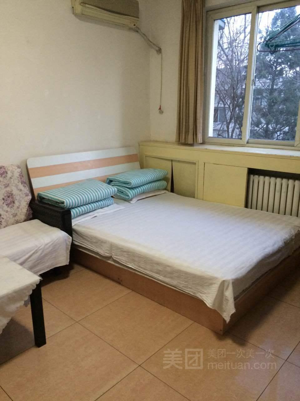 天坛医院温馨两居室预订/团购