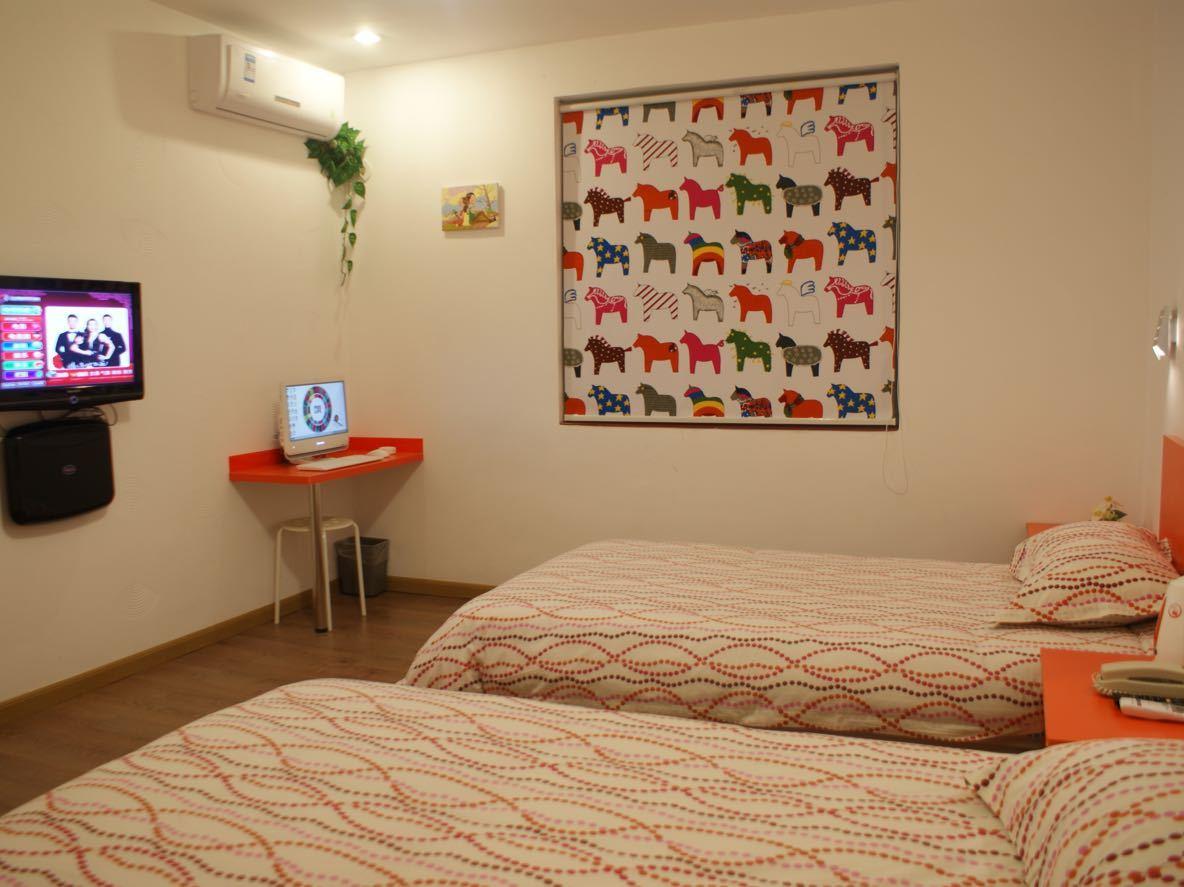 布丁酒店(富阳金桥北路东方茂店)预订/团购