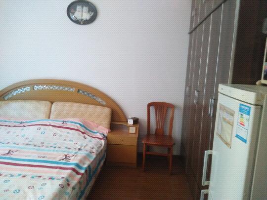 佳佳家庭公寓(龙眠大道地铁站店)预订/团购