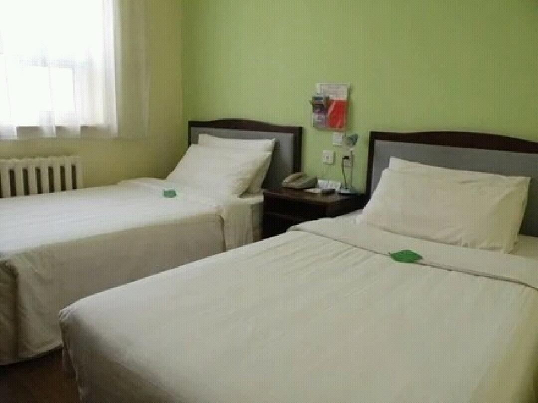 118红庭家庭宾馆(302医院店)预订/团购