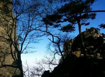 【上海出发】黄山风景区、九龙瀑、屯溪老街等3日跟团游高星酒店*上山观日出下山观瀑布-美团