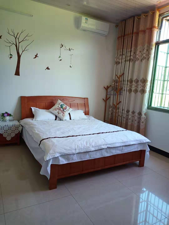 上甘棠桃源山庄,温馨大床房,干净整洁