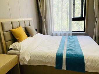 《老君山景区》独享大阳台温馨两室一厅,可住4人