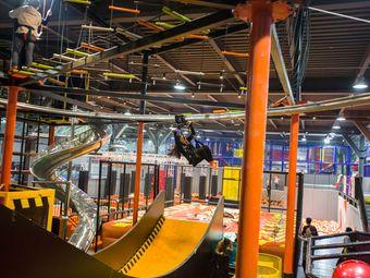 飞行猿室内运动主题工厂