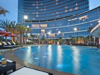 惠州皇冠假日酒店游泳池