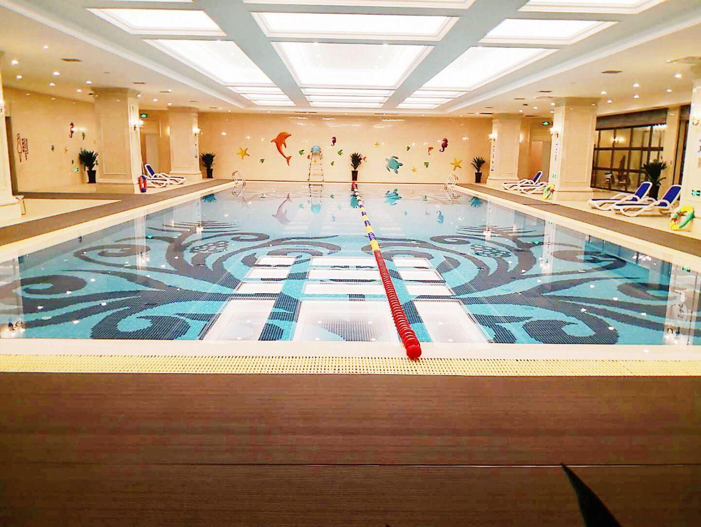 绿城百合游泳健身