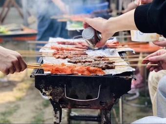 琵琶灣戶外自助燒烤團建拓展基地