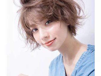 Acc Hair Salon烫发染发(龙阳路店)