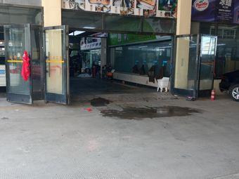 专注商务车地板一站式改装