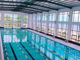 东湖游泳场