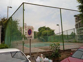 卧龙篮球场