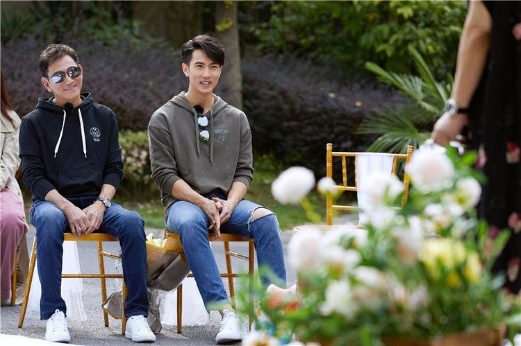 吴尊吴爸爸献父子综艺首秀,加盟《最美的时光》互动有