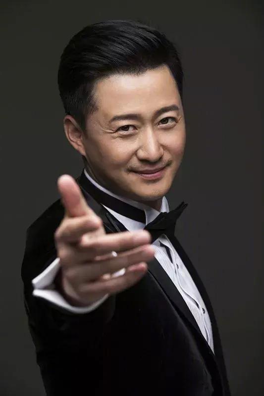 吴京担任金鸡百花电影节形象大使,凭借《战狼2》获百花奖提名