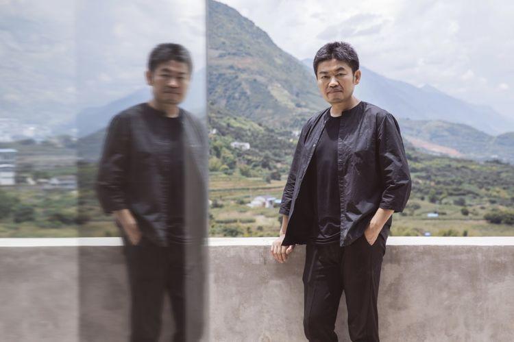 建筑师华黎的作品大多隐于乡村和自然当中.jpg