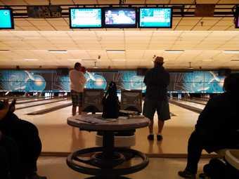 Oak Tree Lanes Bowling and Sports Bar