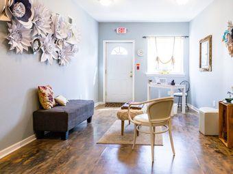 Maebee's Beauty Studio