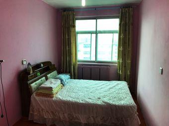 皮口镇中心,100平房子,近市场、港口,交通便利,温馨舒适二厅二居室。