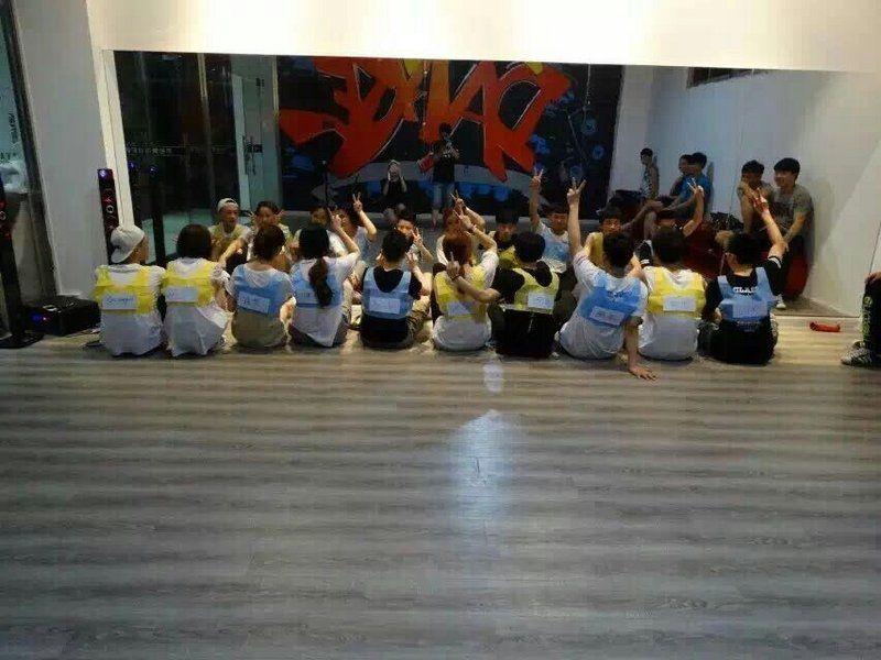 禾街舞培训机构