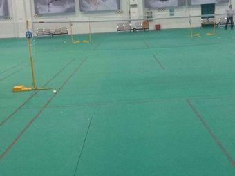 扬州体育运动学校羽毛球馆