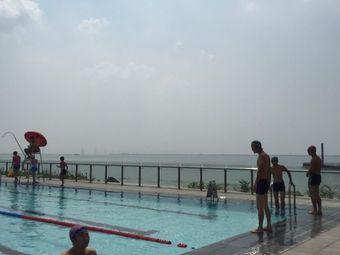东太湖游泳场