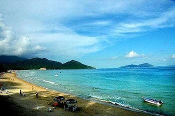 【深圳出发】西冲沙滩、西冲情人岛、杨梅坑等纯玩2日跟团游*住特色民居-美团