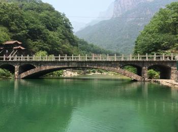 【郑州出发】八里沟景区纯玩1日跟团游*天然氧吧-美团