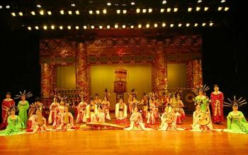 【文艺路】陕西歌舞大剧院仿唐歌舞普通席20:00场次+赠送陕西历史博物馆门票(成人票)-美团