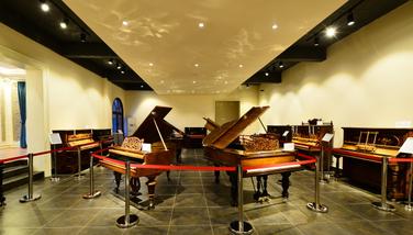 【橘子洲公园】橘子洲古董钢琴博物馆1大1小亲子票-美团