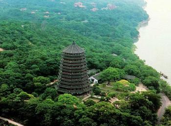 【其它】杭州宋城景区门票+宋城千古情贵宾席+六和塔含登塔成人票-美团