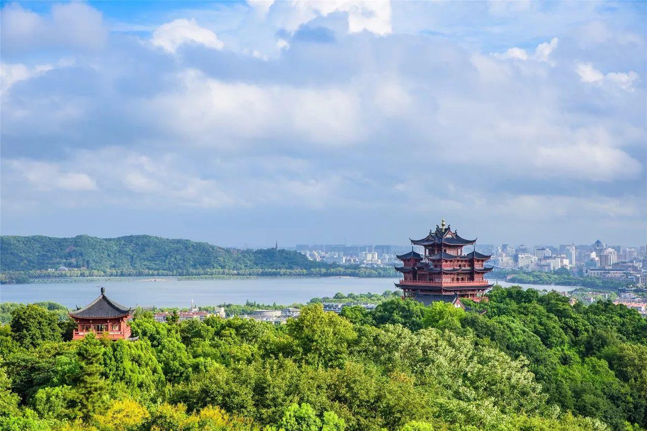 吴山广场是杭州人心中的标志