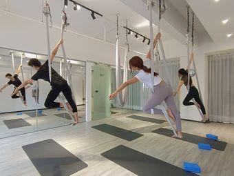 漓舍瑜伽普拉提塑形工作室