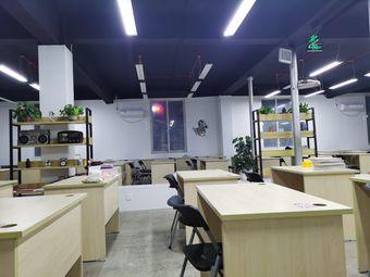 本溪凯旋自习室(五中店)