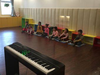 肖宁钢琴(江南校区)