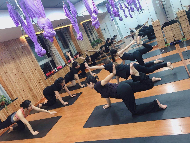 晨瑜伽精品生活馆晨瑜伽精品生活馆-肩颈调理瑜伽图片