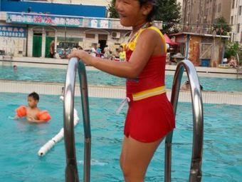 苗庄小区游泳池