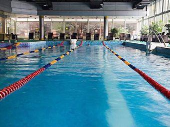 龙潭游泳池